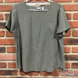Chico's Silky Army Green Tee sz 2 L